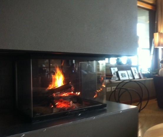 Kaminfeuer im Miramonti